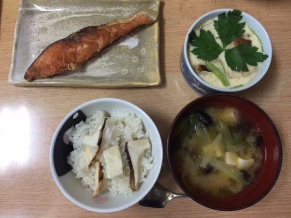 田舎の食材松茸料理
