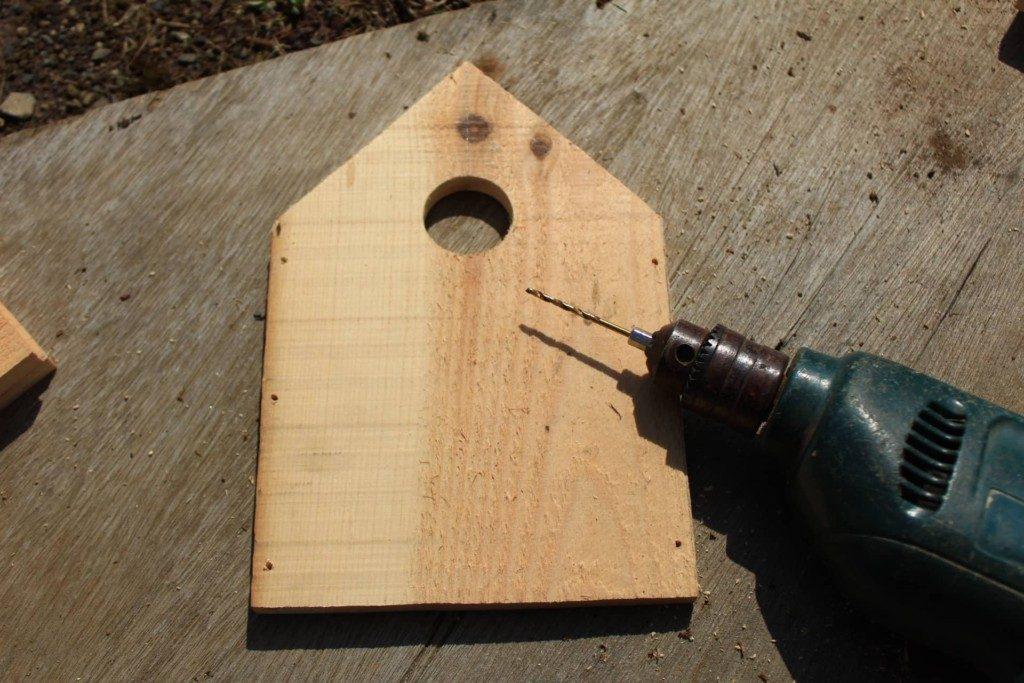 野鳥の巣箱切妻屋根タイプの図面と作り方