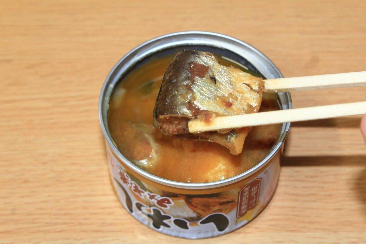 サバ缶とイワシ缶こう食べる