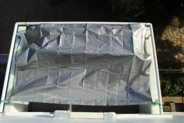 紫外線に強いUVシートでベランダやバルコニーを保護する